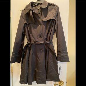 NWT Via Spiga black water repellent raincoat